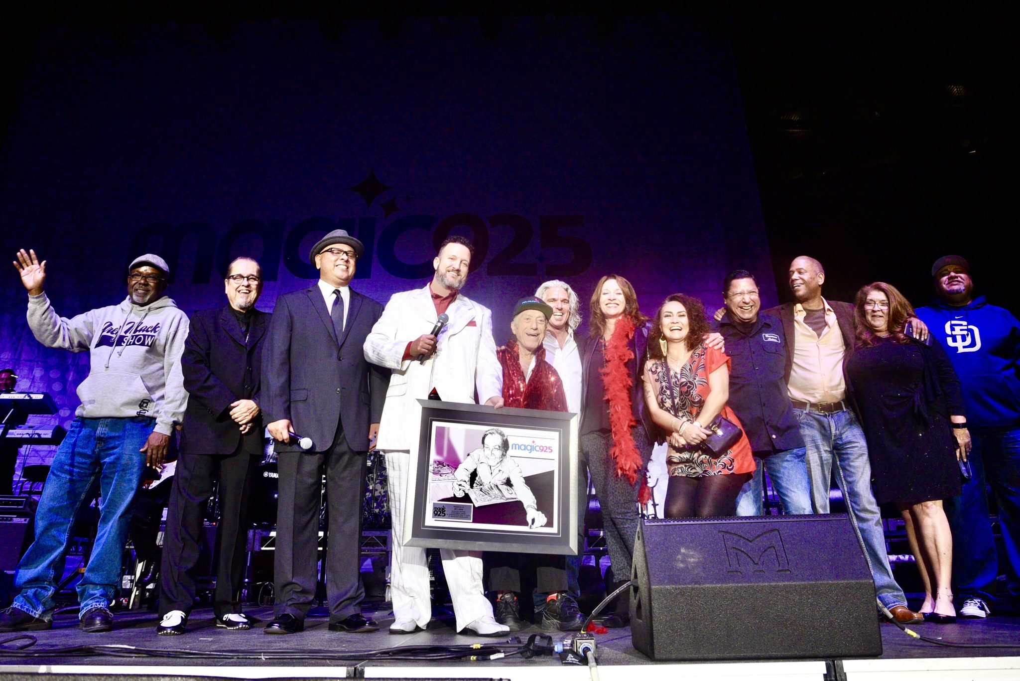 "Radio Legend Art Laboe Receives First-Ever ""Magic 92 5"